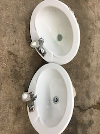 Two sinks great condition Sarasota, 34241