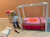 Julie Authentic American girl doll plus Julie Bed and more! Mooresville, 28115