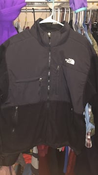 North Face Fleece Jacket Size:Large open to negotiations