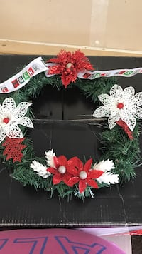Green, red, and white poinsettias wreath Pittsburg, 94565