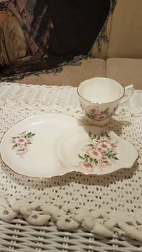 Vintage Royal Albert Hostess/Tennis set Barrie, L4N 6C3