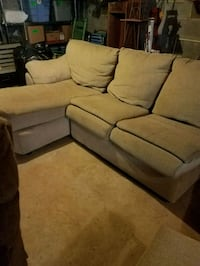 3 piece sectional  Hagerstown, 21740