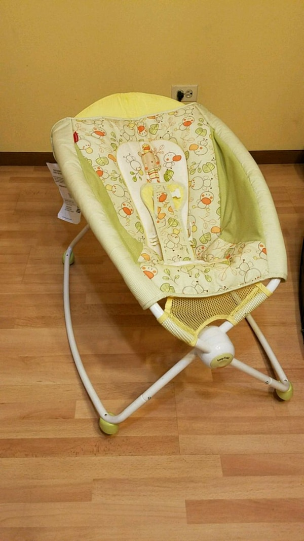 Fisher Price Baby Daynight Bassinet