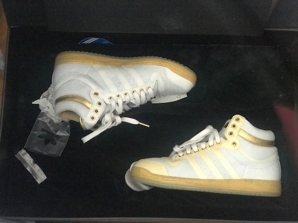 56/650 Adidas limited Edition sz 10