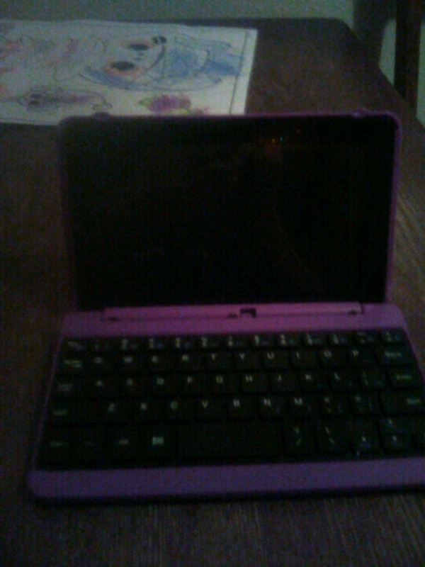 i pad with key board.   Still available   price refucef 323d93fb-a999-4634-941a-a87260cc9fc4