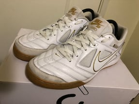 Nike SB Gato White/Gold Skaye Shoes size 9