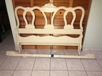 White Full Size Bed Frame in Excellent Condition! Miami, 33175