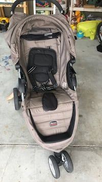 Baby's gray and black jogging stroller Milton, 30004
