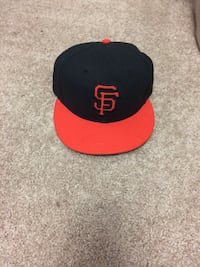 Size 7 sports hat in amazing condition