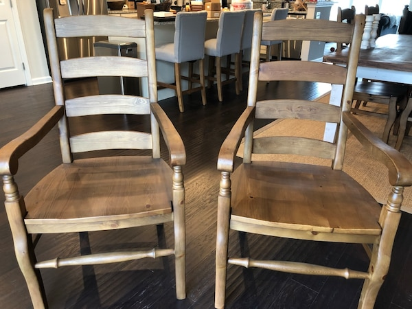 Pottery Barn Wynn Ladderback Dining Chair - Natural Pine 2 arm chairs