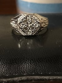 silver-colored and black ring Anderson, 29621