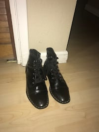 Black leather boots with silver stones and zipper.  Manteca, 95336