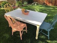 Wooden kitchen table and chairs ! Littleton, 80127