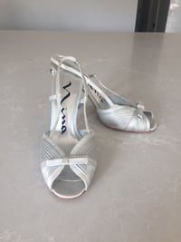 Silver Wedding / Prom shoes Mississauga, L4Y 1M5