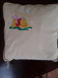 Disney's Winnie the Pooh blanket and pillow Compact 2 in 1 null