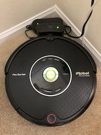 iRobot Roomba Pet Series (Like New)