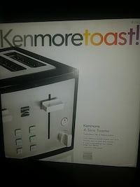 white and black Kenmoretoast! Kenmore 4-slice toaster box Elkridge, 21075