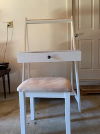 White desk with drawer and chair