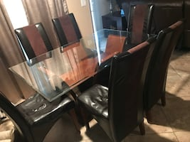 Glass Dining table + 6 chairs