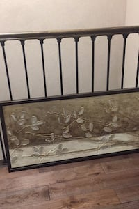 Hanging wall art, excellent condition