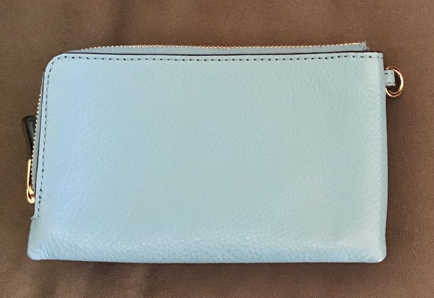 Used Coach wristlet 1