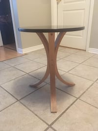 Brown wooden base, melamine toptable Brossard, J4X 2X4
