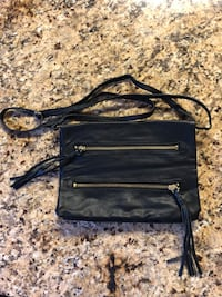 Black tassel cross body bag Reston, 20190