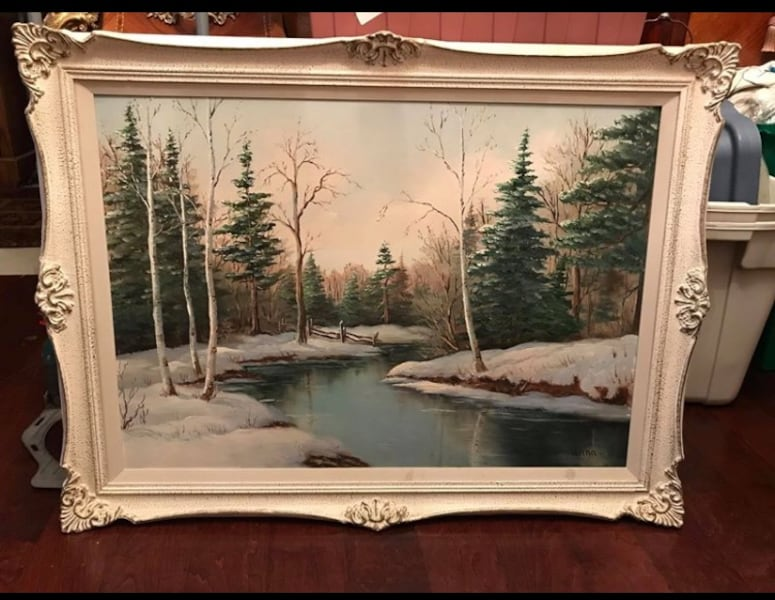 Signed oil painting on board 1a794041-a809-4f8b-9eb3-21bdf418530a