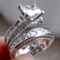 New womens czs ring size 9 silver 925 Thornton