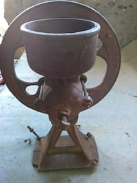 Antique corn and coffee grinder Terrell, 75161