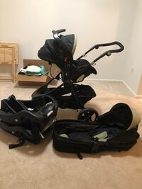Baby trend car seat/stroller with car seat base 22 km
