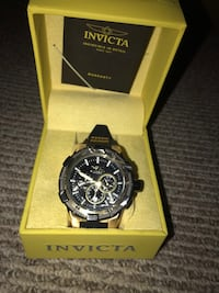 Black and Gold Men's invicta watch Germantown