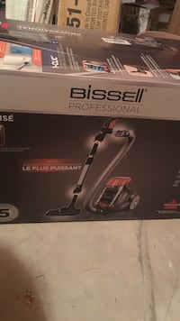 Bissell Vacuum NEVER OPENED! Innisfil, L9S 4V1