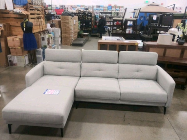 Big Box Outlet Store-Sofa Chaise