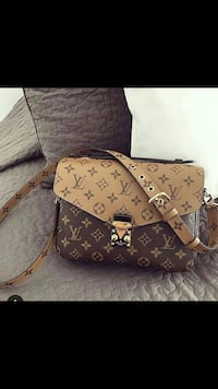 monogrammed brown Louis Vuitton leather tote bag 788 km