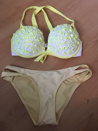 Victoria secret 36D push up bathing suit Gatineau, J8Y 3M5