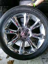 22 inch 6 x 5.5 lug Chevrolet rims and Tires Knoxville, 37917