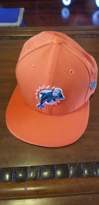 In Hollister- Miami Dolphins Ball Cap Hollister, 95023