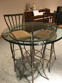 Bistro table and chairs for sale - make an offer Mississauga, L5T 2B7