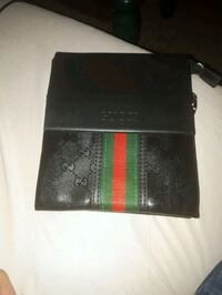 black and red Gucci leather wallet Montréal, H8Z 3K8