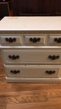 Chest of drawers Baton Rouge, 70816