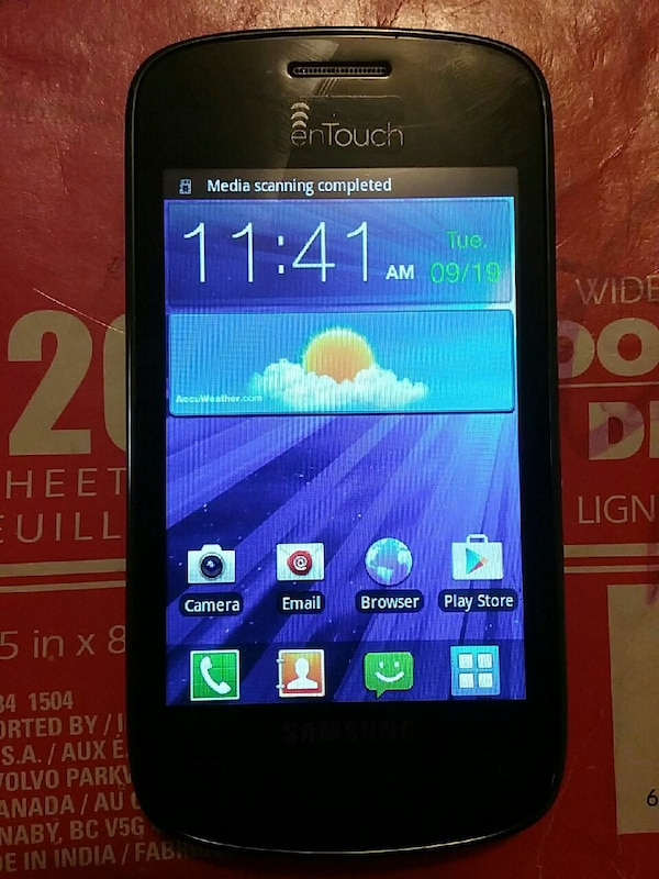 black Samsung enTouch smartphone Tracfone