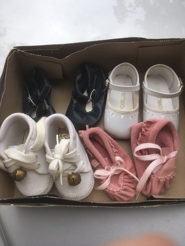 Baby shoes 8 each