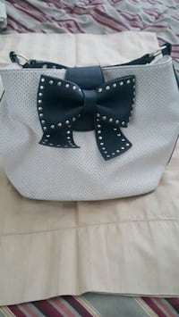 Bow Studded Betsey Johnson Purse  Concord, 94521