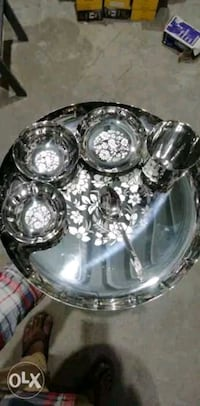 clear glass bowl and plate