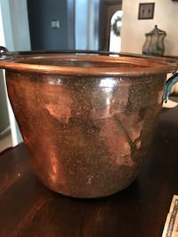 Copper bucket with handle Pittsburgh, 15120