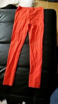 red leggins Toronto, M1H 2A1