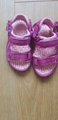 toddler's pink-and-white shoes Greater London, RM12 4EN