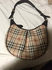 Authentic Burberry bag Edmonton, T6J