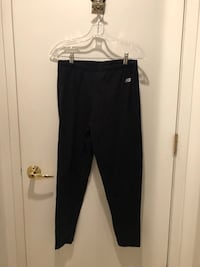 New Balance leggings in black. In great shape just too big for me now. Wash and wear beautifully. Bloomfield Hills, 48302